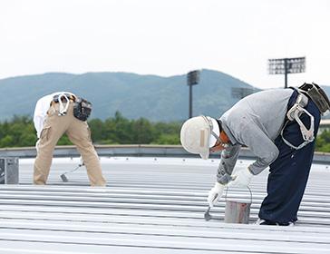 【北九州市 工場 屋根塗装】家電量販店様 店舗の屋根塗装、雨漏り補修事例